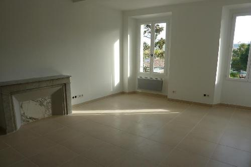 Villas appartement t2 neuf de 45 m cogolin agence for Agence immobiliere 45